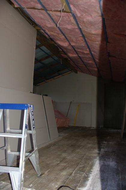 Inside_bungalow